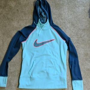 Nike therma fit hoodie/sweatshirt